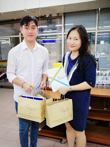 วันที่ 1 ก.ย. 2563 รับหนังสือบริจาค จากนายธนวัฒน์ ภัทรธีรชัยเจริญ นักศึกษาคณะนิติศาสตร์ มหาวิทยาลัยรามคำแหง