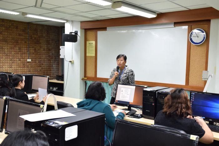 ภาพ โครงการฝึกอบรมเชิงปฏิบัติการวิชาชีพบรรณารักษ์ สาขาวิทยบริการเฉลิมพระเกียรติ มหาวิทยาลัยรามค าแหง ครั้งที่ 10 (23 ม.ค. 2560)