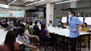 1 พ.ค. 2563 ประชุมสำนักหอสมุดกลางรับฟังนโยบายของมหาวิทยาลัยรามคำแหง ในช่วงต่อ พ.ร.ก. ฉุกเฉิน ตั้งแต่ 1-31 พ.ค. 2563