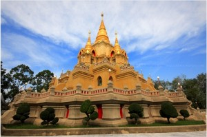 พระมหาธาตุเจดีย์พระพุทธธรรมประกาศ ที่มา : http://www.tlcthai.com/travel/10422/
