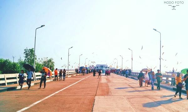 ภาพสะพานสุขตาและศาลาสุขใจ ถ่ายโดย กนกวรรณ มูลไธสง (MODO FOTO)